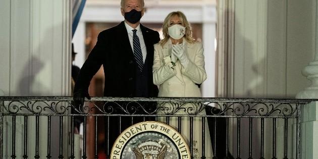 Ebrard agradece a Biden por detener construcción del muro